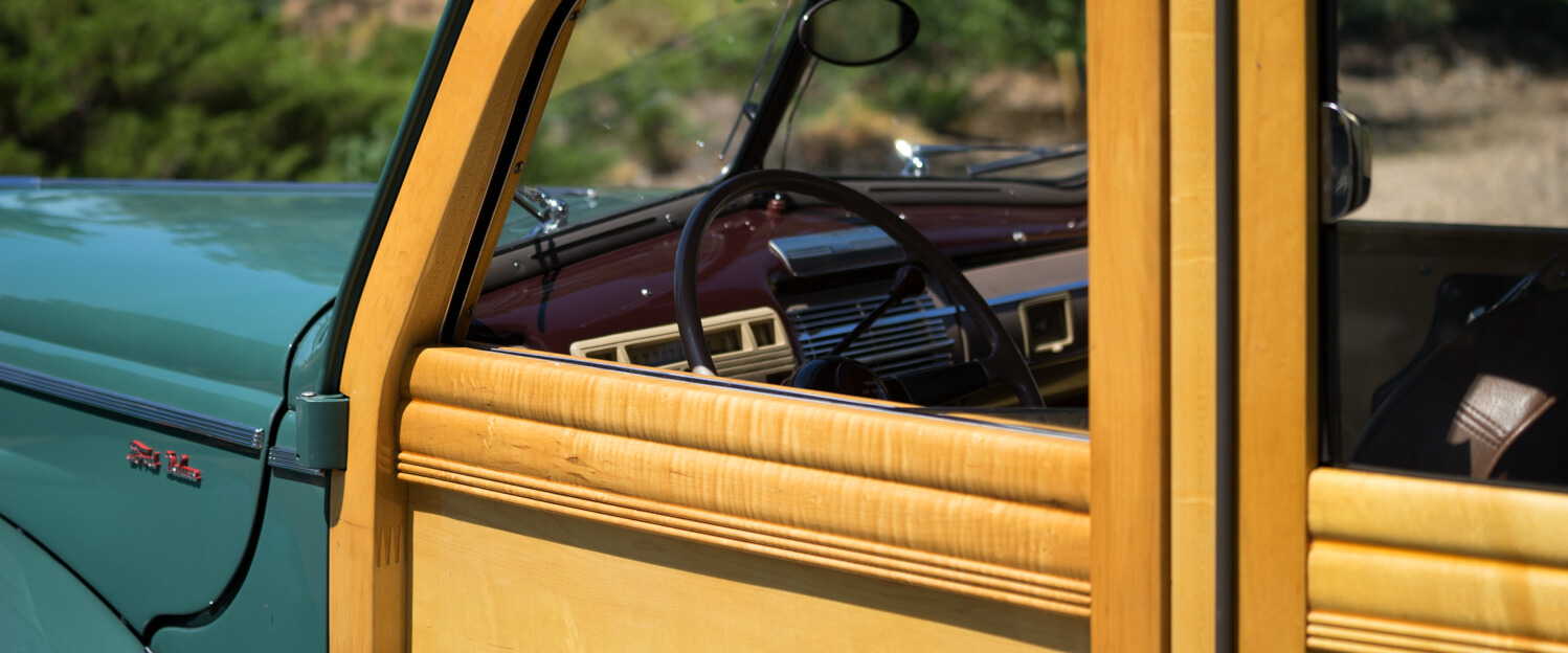 1940-Ford-Deluxe-Station-Wagon-Woodie-slideshow-008.jpg