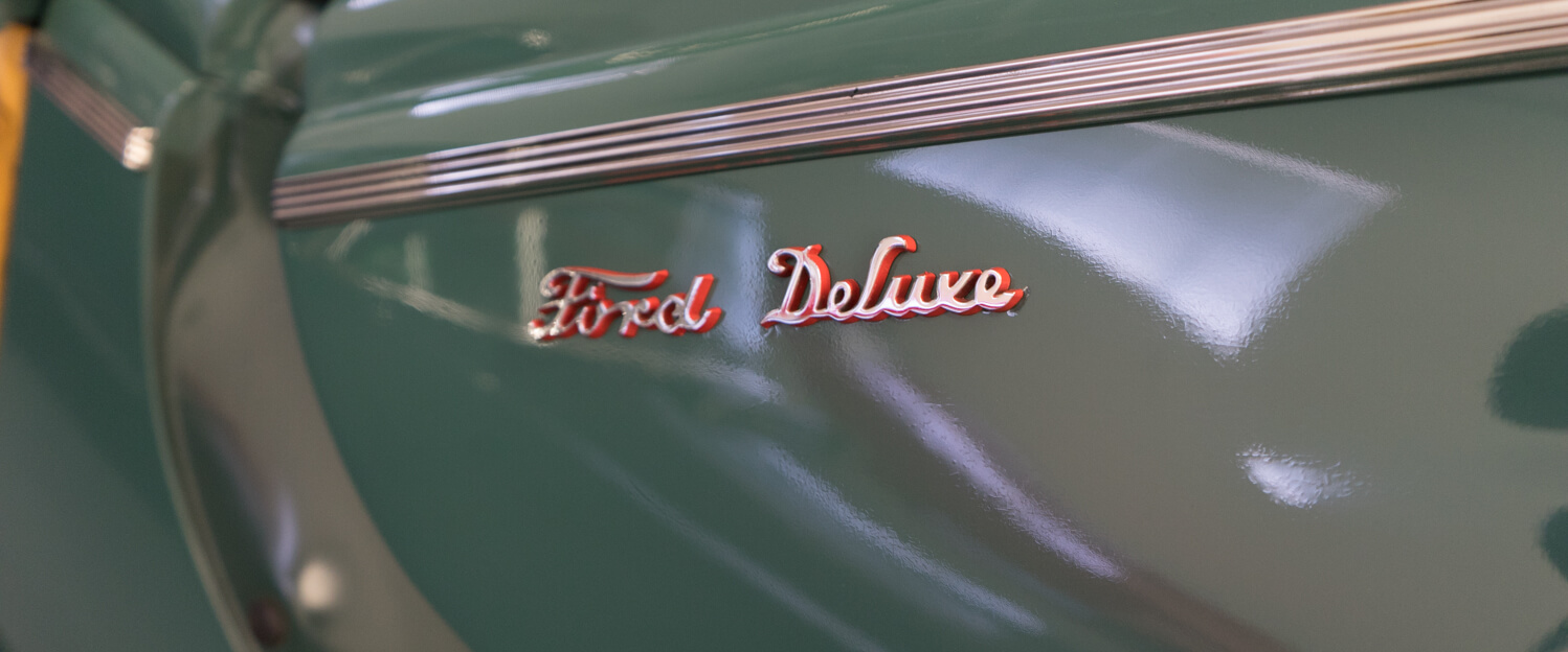1940-Ford-Deluxe-Station-Wagon-Woodie-slideshow-019.jpg
