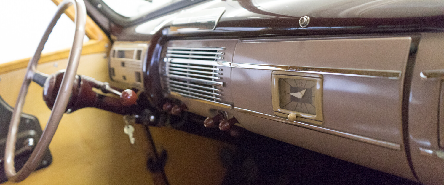 1940-Ford-Deluxe-Station-Wagon-Woodie-slideshow-020.jpg
