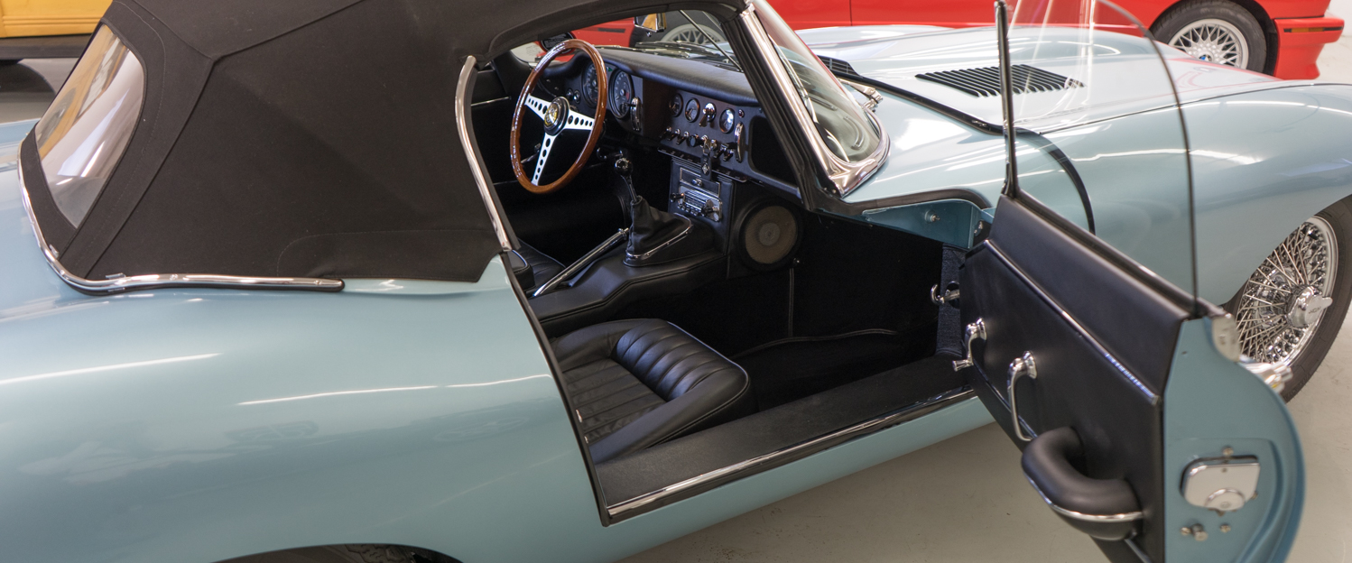 1966-Jaguar-XKE-Roadster-Light-Blue-slideshow-013.jpg