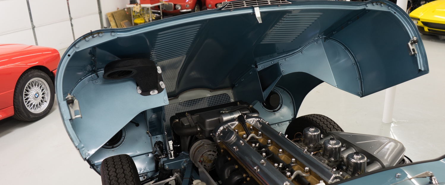 1966-Jaguar-XKE-Roadster-Light-Blue-slideshow-020.jpg