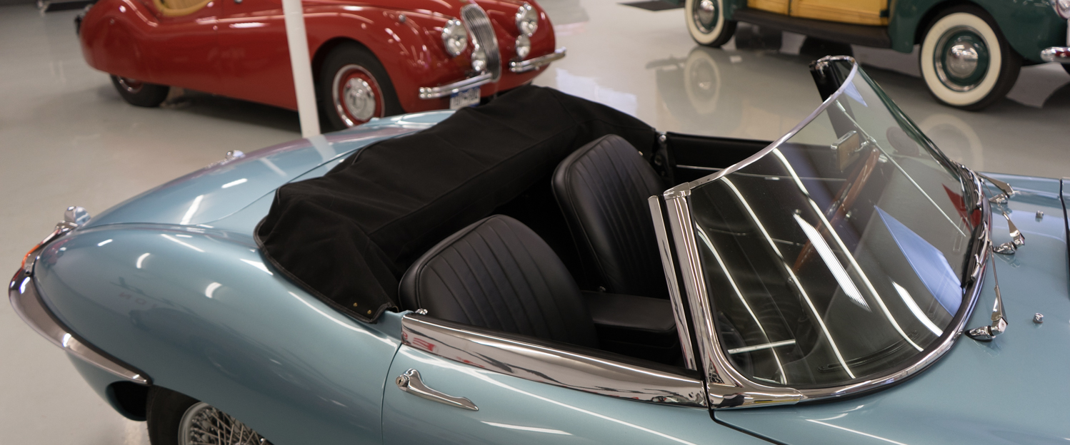 1966-Jaguar-XKE-Roadster-Light-Blue-slideshow-032.jpg
