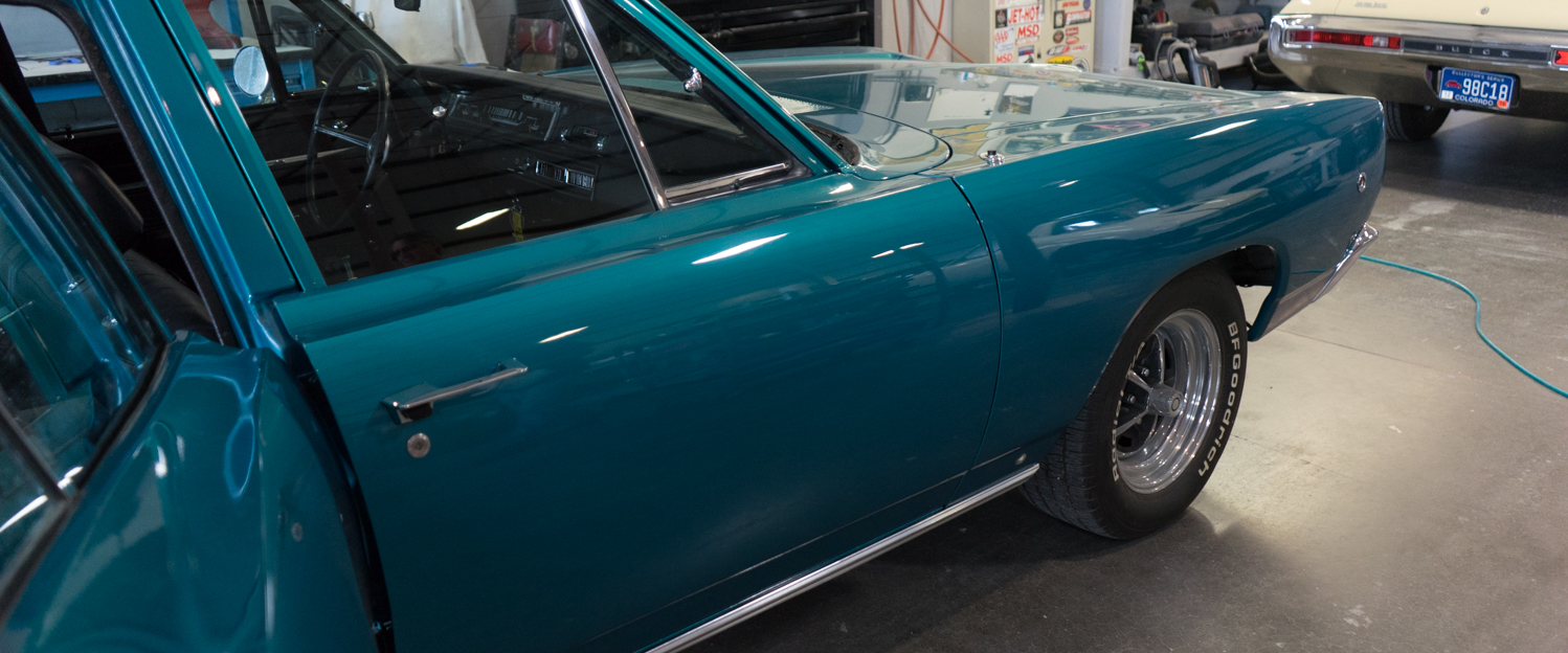 1968-Dodge-Coronet-Wagon-Teal-slideshow-007.jpg