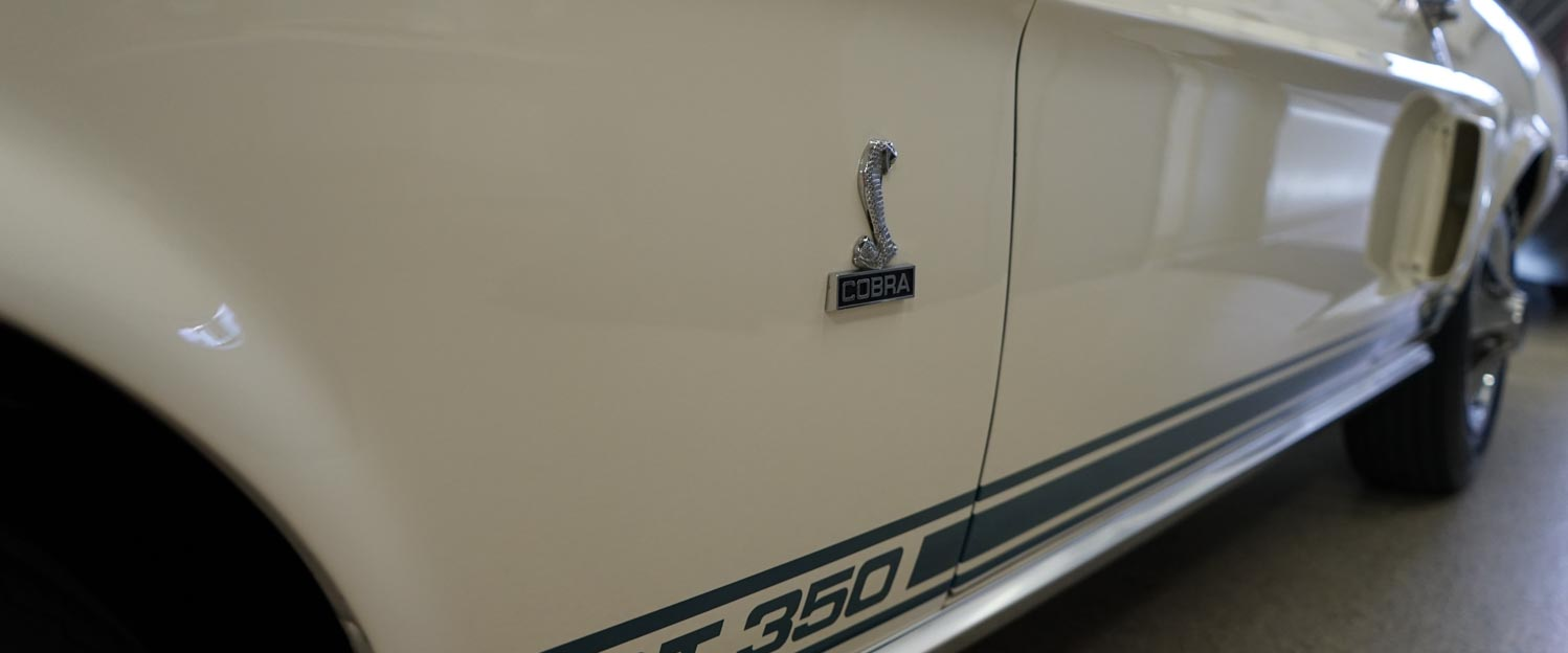 1968-Shelby-GT350-White-slideshow-009.jpg