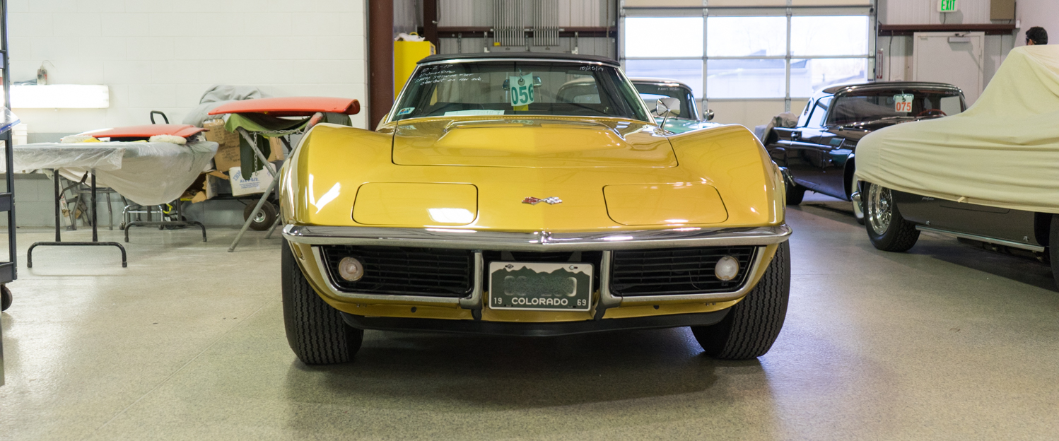 1969-Chevrolet-Corvette-Gold-slideshow-002.jpg
