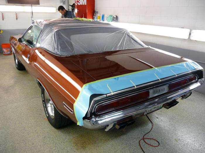 1970-Dodge-Challenger-RT-340-slideshow-010.jpg