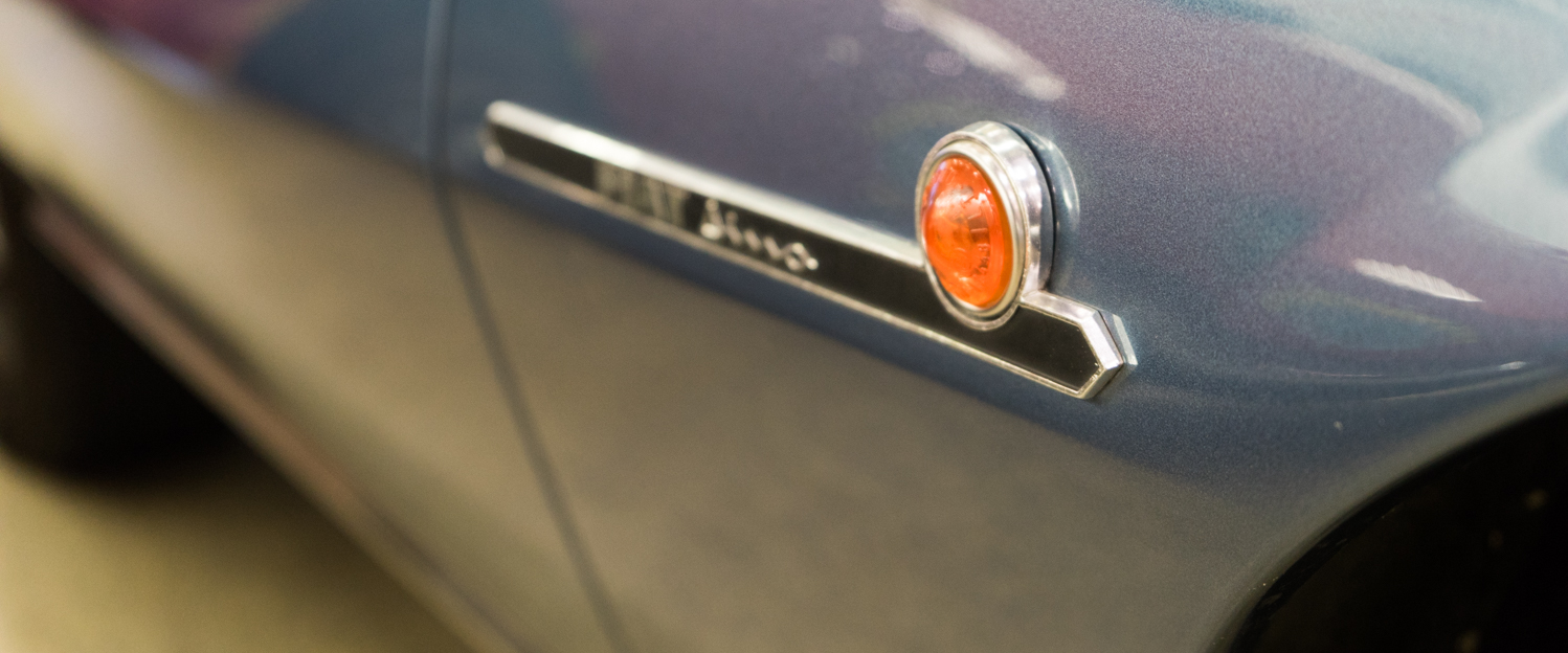 1970-Fiat-Dino-Spider-Blue-slideshow-006.jpg