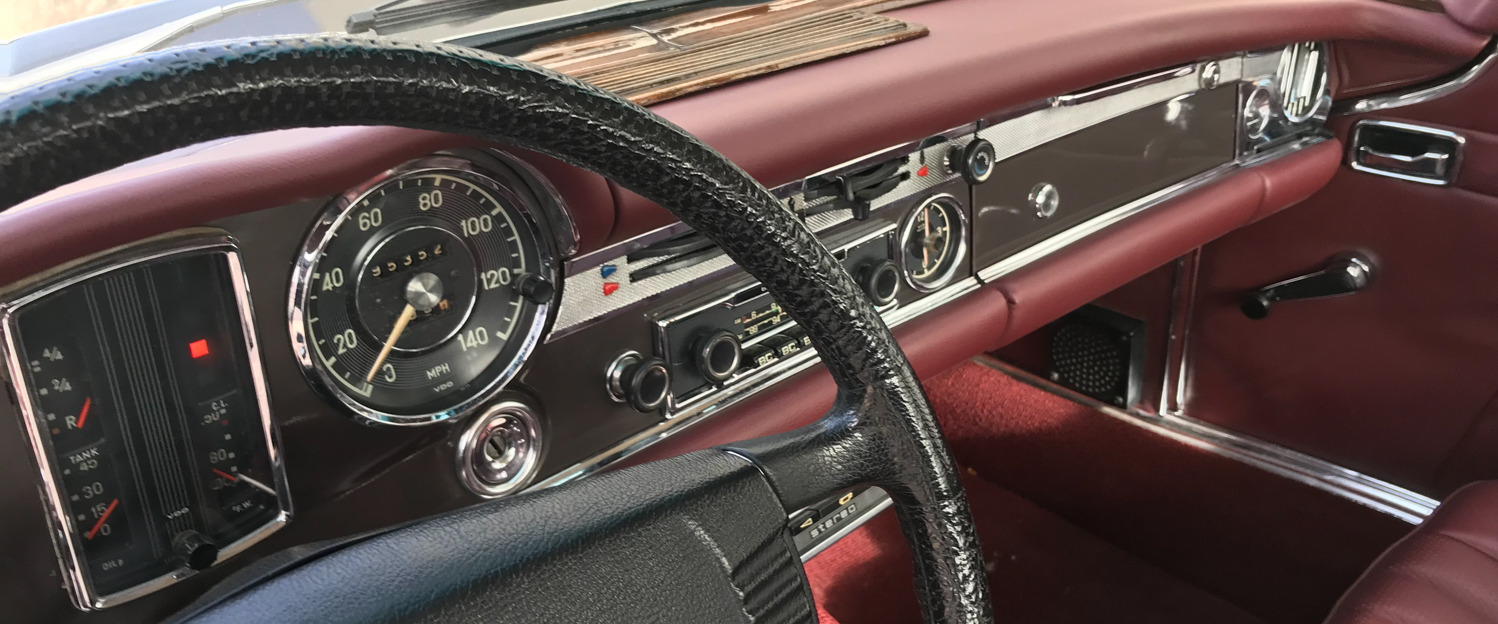 1970-Mercedes-Benz-280SL-Sable-slideshow-004.jpg