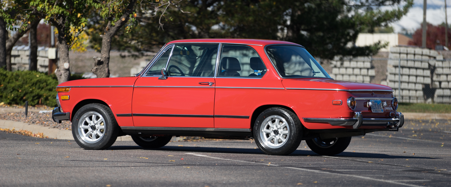 1972-BMW-2002tii-Red-done-slideshow-012.jpg