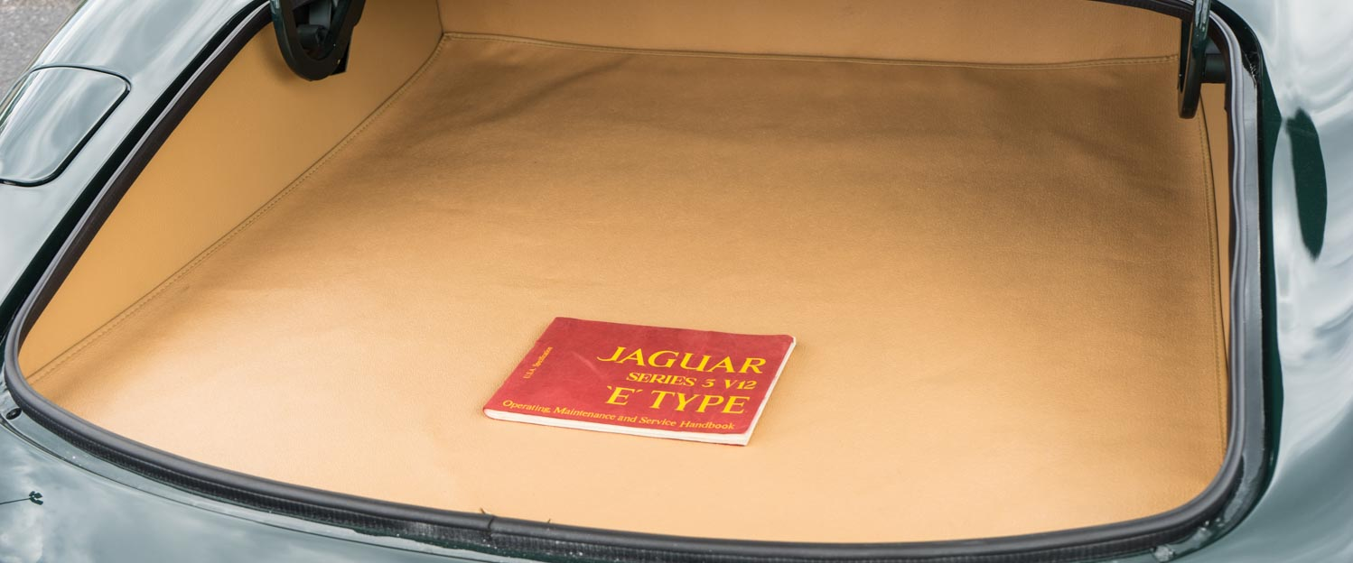 1973-Jaguar-E-type-Green-slideshow-016.jpg