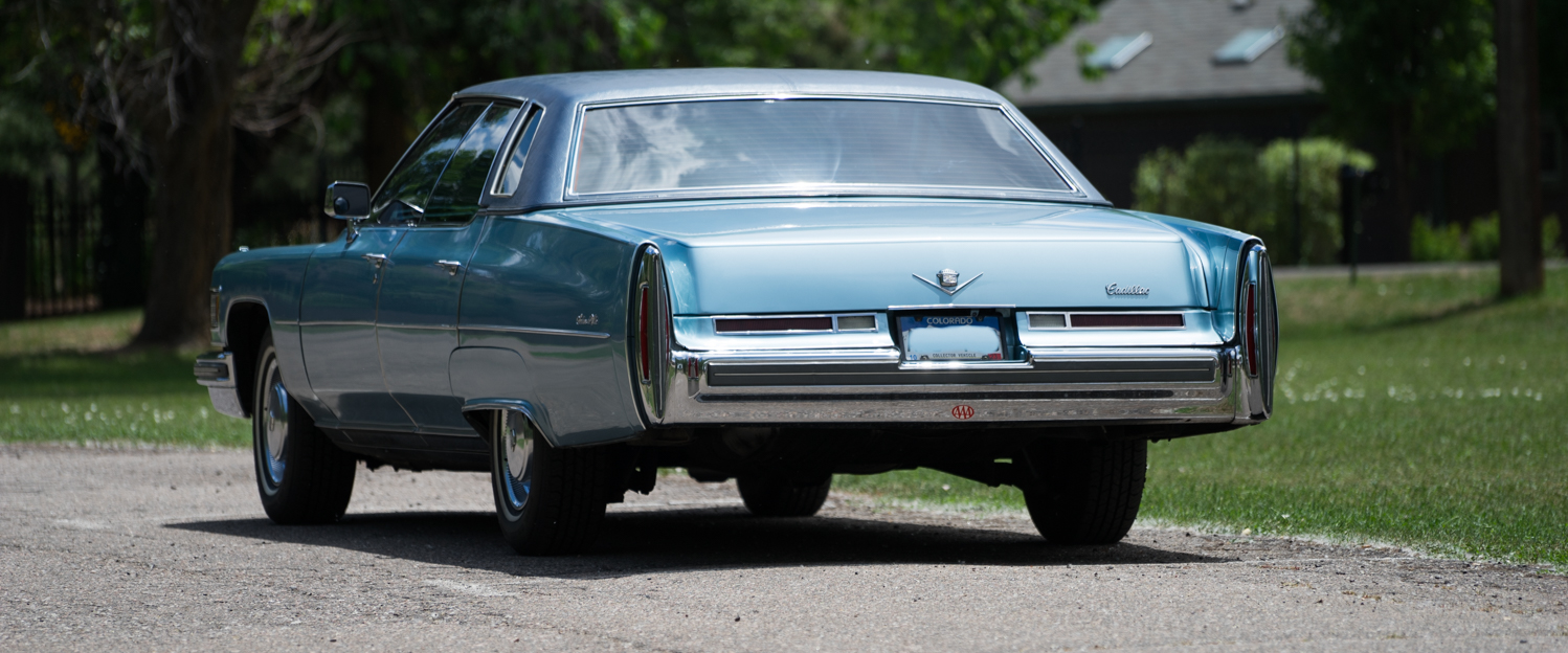 1976-Cadillac-Sedan-De-Ville-slideshow006.jpg
