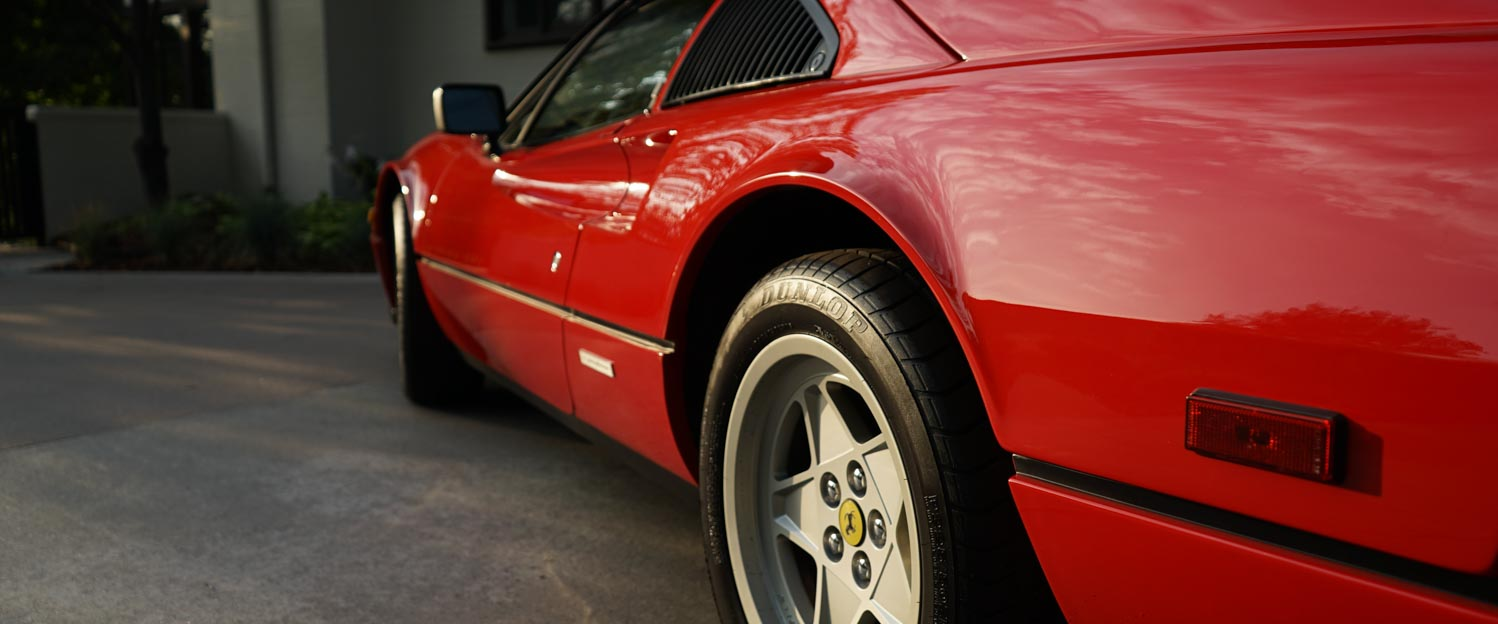 1987-Ferrari-328GTS-red-slideshow-012.jpg