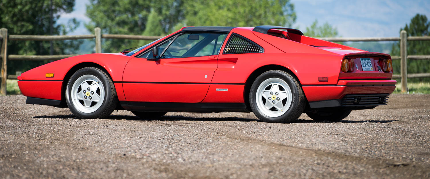 1989-Ferrari-328GTS-RED-slideshow-001.jpg