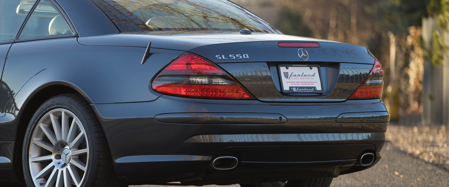 2008-Mercedes-Benz-SL550-Blue-slideshow-005.jpg